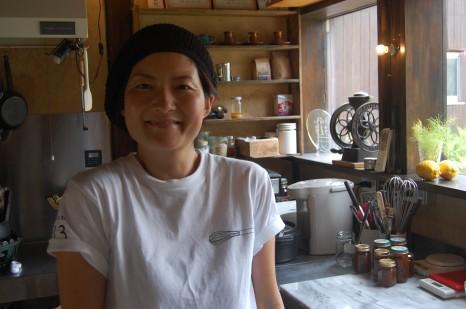 Kitchen313Kamiyugeを営む宮畑真紀さん。